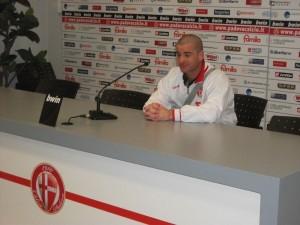 Zecco in conferenza stampa