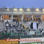 I tifosi ospiti del Cesena festeggiano il pareggio