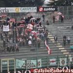 Tifosi biancoscudati in Curva Piscina