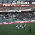 giocatori del Padova sotto la Fattori